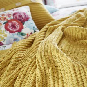 Chunky Knit Manta Ochre Catherine Lansfield